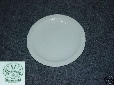 Syracuse Shelledge 5 Bread and Butter Plates