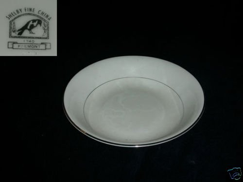 Shelby Fremont 1 Round Vegetable Serving Bowl