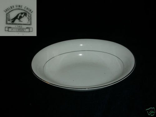 Shelby Fremont 1 Oval Vegetable Serving Bowl