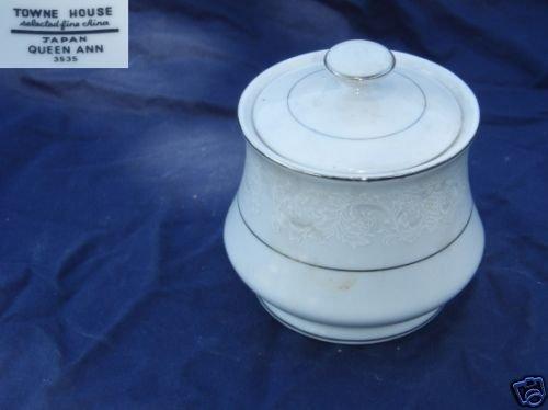 Towne House Queen Ann 1 Sugar Dish ( Bowl ) with Lid