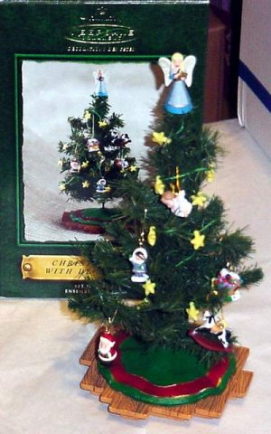 Hallmark 2002 Miniature CHRISTMAS TREE WITH DECORATIONS Ornament