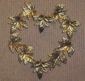 Homco Heart Shape Oak Leaf Wall Plaque