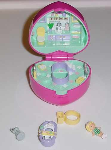 Bluebird 1991 Polly Pocket Bath Time Fun COMPLETE