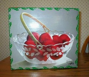 WP&G Holiday Bouquet Oval Crystal Glass Display Bowl