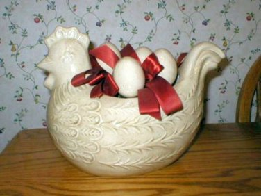 Country Folk Art Chicken Hen Pot Planter Figurine