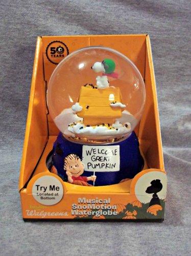 Snoopy Peanuts Halloween Musical Snow Globe - New