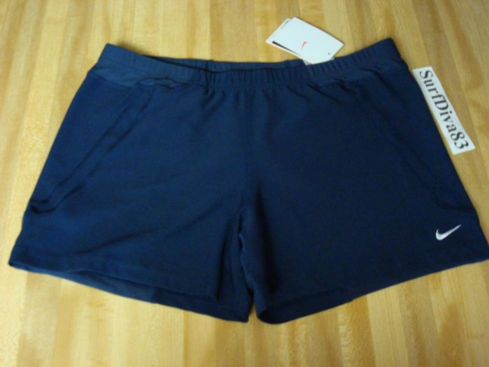 NwT M NIKE Women Dri-Fit Acceleration Run Shorts NeW Navy