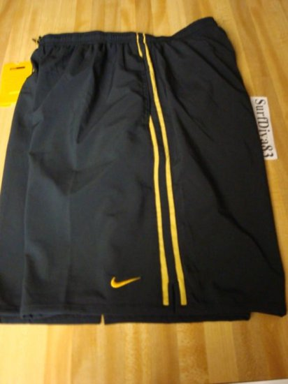 NwT S NIKE Dri-FIT 10//2 Performance Shorts Men New $35