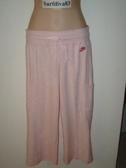 NwT S 4 6 NIKE Women Max Relax Pink Capri Pants New $40 Small
