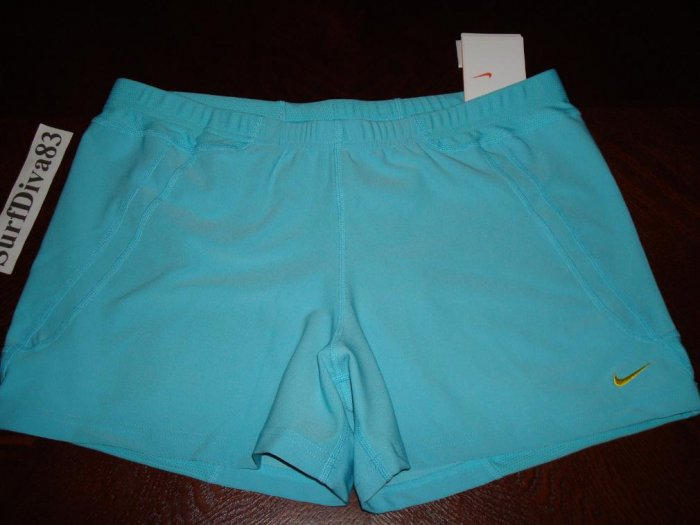 NwT M NIKE Women Dri-Fit Acceleration Run Shorts NeW Medium