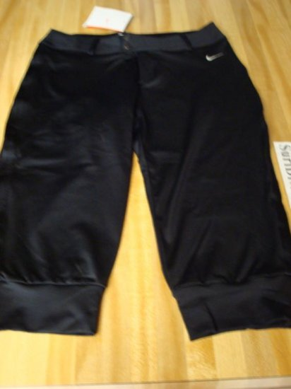 NwT S NIKE Women Dri-fit Pinnacle Knee Shorts New MP3 Small