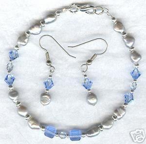 Sapphire Violet FW Pearl Crystal Bracelet Earring Set