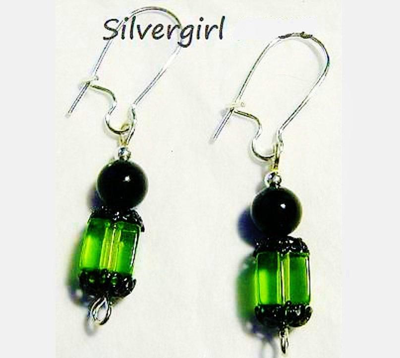 Lead Crystal Green Cube Black Pearl Earrings