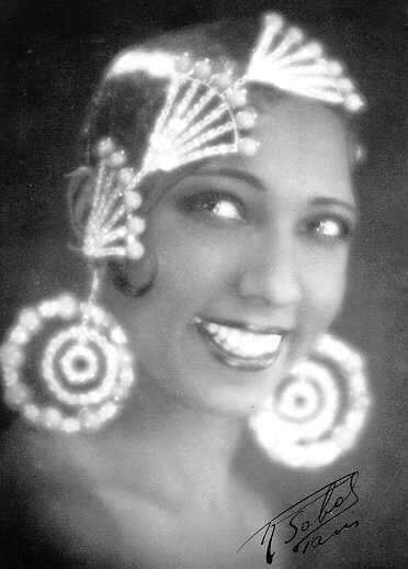 Curriculum Design & Instruction To Teach The Story Of Josephine Baker - Entertainer