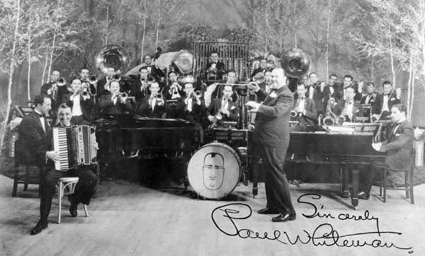 The Roaring Twenties - A Time Of Prosperity - 1919-1929