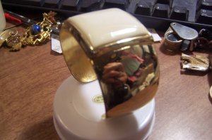 Avon Designer Series Ivory Color Goldplated Cuff Bracelet by S.M. Kent 1977 Avon