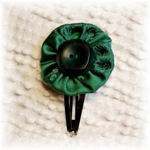 NOW 20% OFF: Green Vintage Fabric Flower Hairdooey (hairclip); made by Ms. J