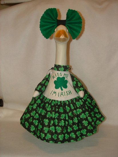 ST. PATS KISS ME 2 Dress Lawn Goose Clothes Outfit