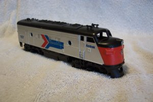 Amtrak 157 Athearn Diesel Engine HO Scale