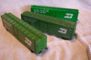 Burlington Northern Boxcars Set of 3