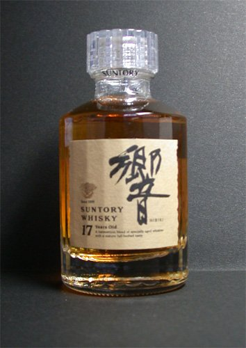 SUNTORY HIBIKI 17 years Japanese Whisky 50ml bottle