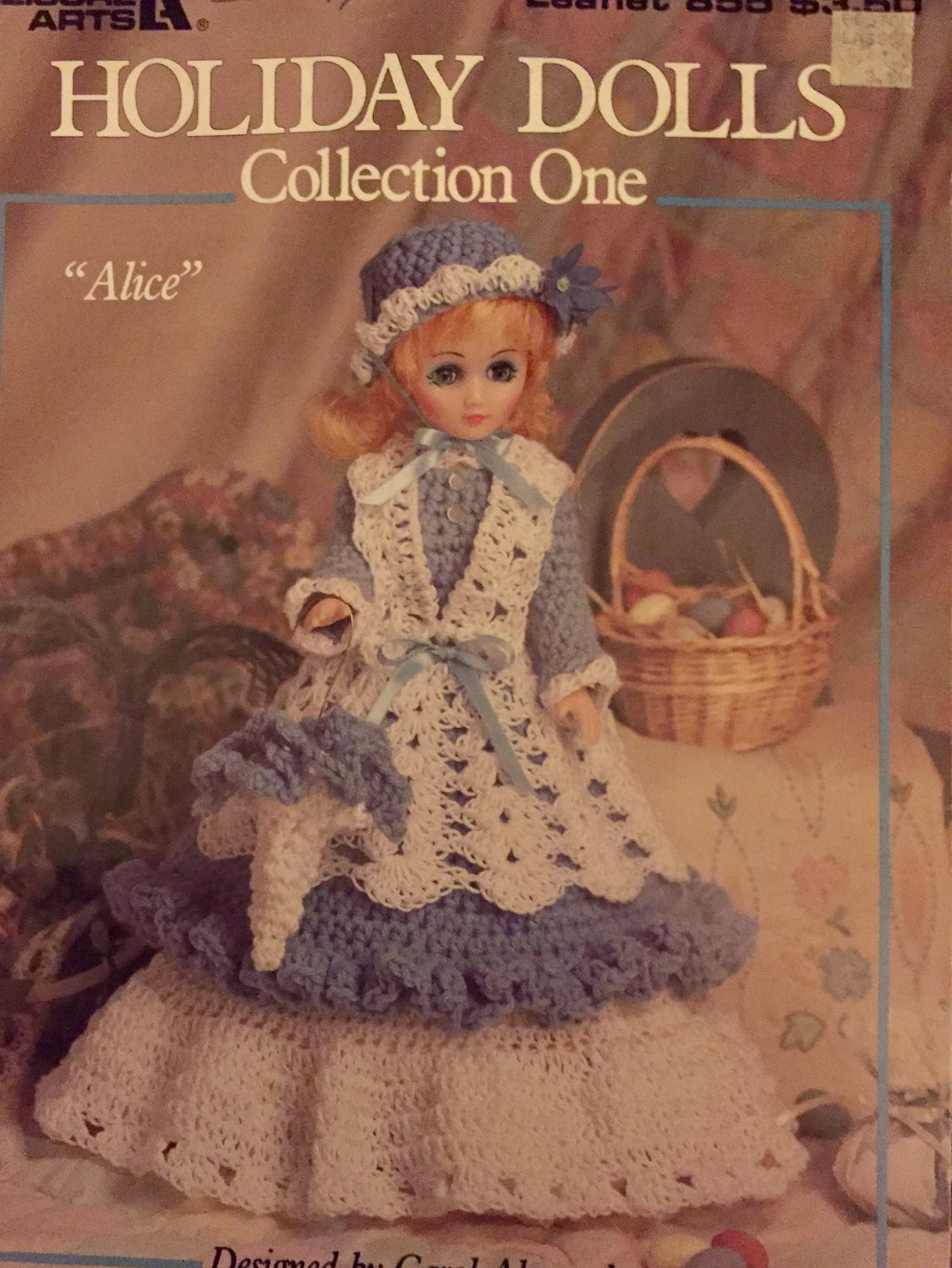 Holiday Dolls Collection One Crochet Pattern Book Leisure Arts 855