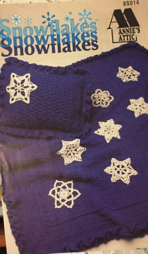 Christmas Snowflakes Crochet Pattern Annie's Attic Leaflet 8S014