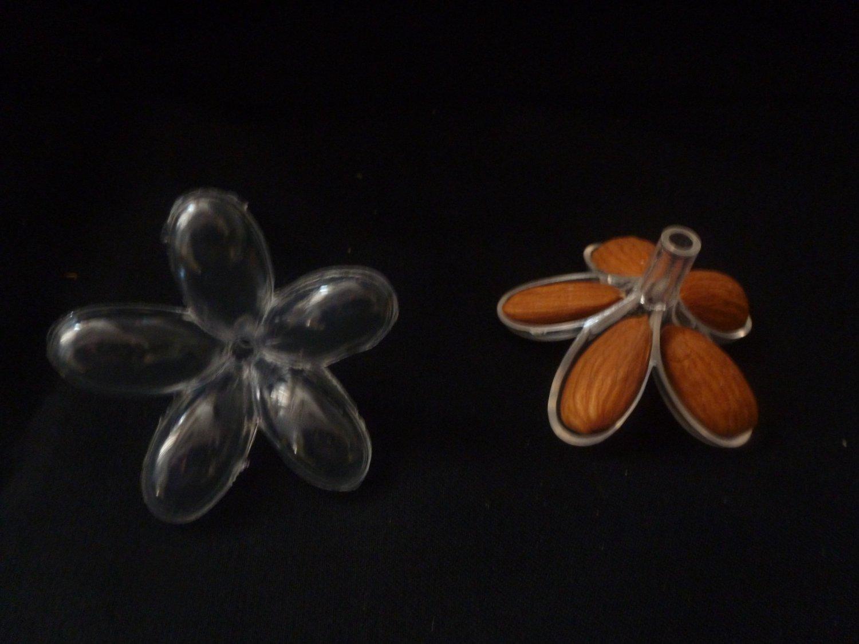 Lot of 432 Pieces (36 dozen) Clear Jordan Almond Holder - Party Favors , Flower Decor