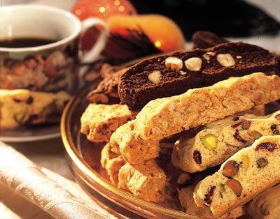 Almond-raisin biscotti