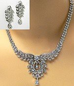vintage reproduction royal necklace set