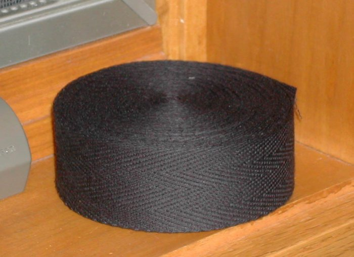 BLACK BINDING TAPE FOR RUG HOOKING, 10 yards -- Woolly Mammoth Woolens