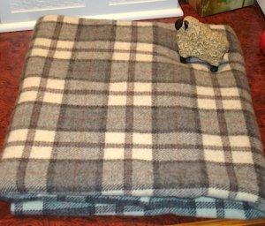 GRAY/CREAM plaid as is wool for rug hooking 1/8 yard -- Woolly Mammoth Woolens