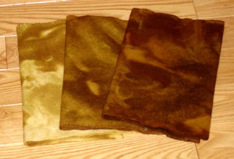 RICH GOLD BROWN grads, wool for rug hooking -- Woolly Mammoth Woolens