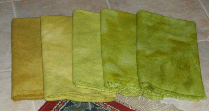 BASKET OF PEARS overdye wool for rug hooking -- Woolly Mammoth Woolens