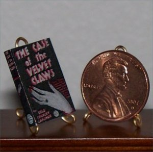 Dollhouse Miniature Book The Case of the Velvet Claws