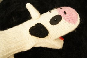 New HAMPSHIRE PIG MITTENS knit FLEECE LINED Unisex ADULT black white COUNTRY cow print