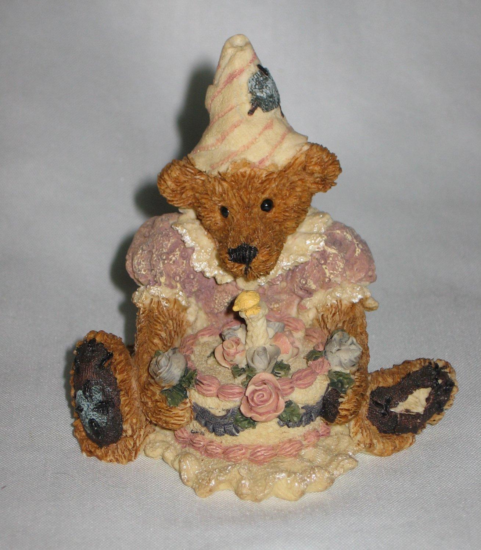 Boyds Bear Style 2014 Baileys Birthday 1993 Bearstone Collection Figurine