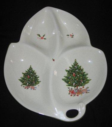Studio Nova NY102 Holiday Season Divided Leaf Tray Platter Dish Item 504  RARE