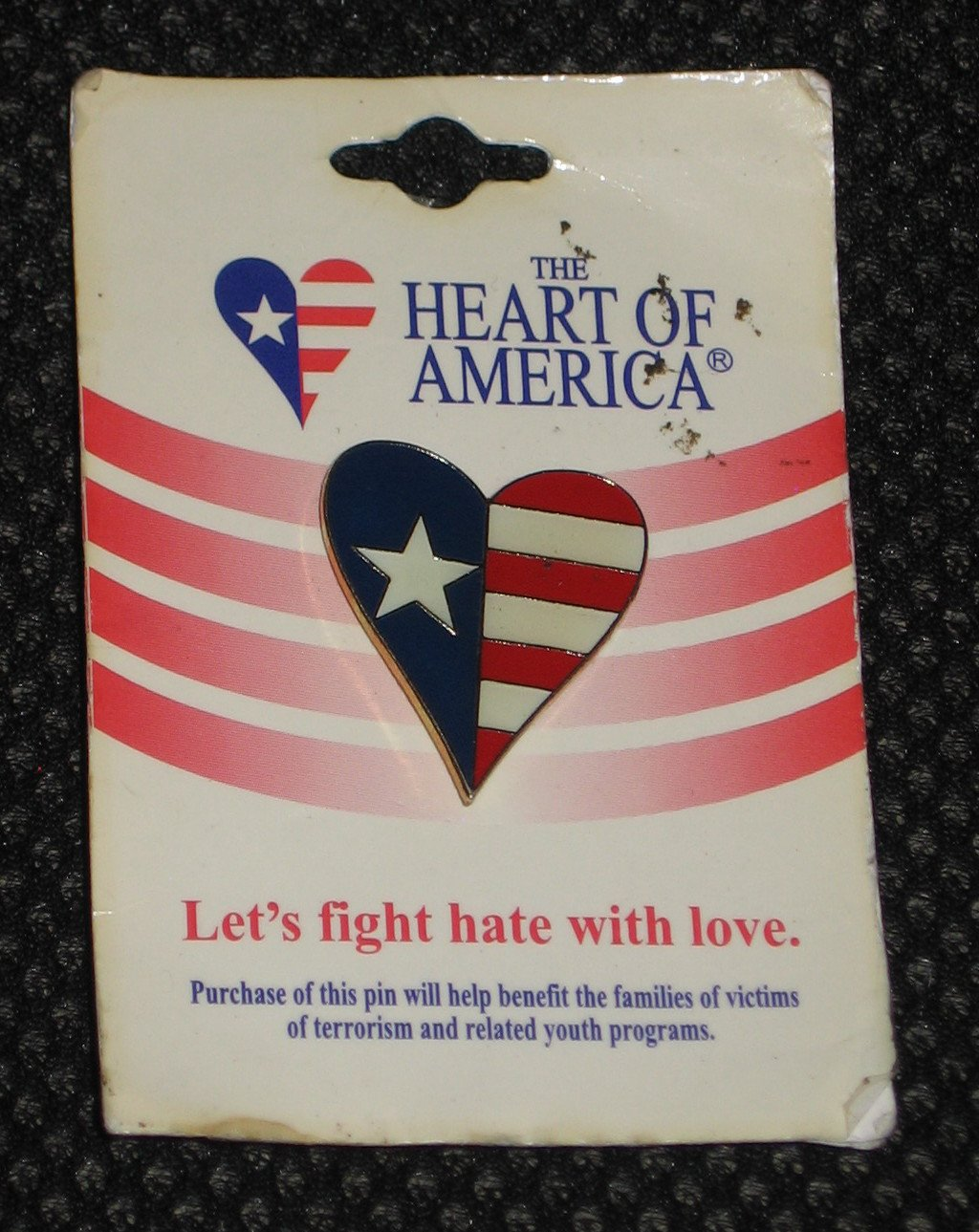 The Heart of America Foundation 2001 Collectible Pin Patriotic Star Stripes RARE Hard to Find