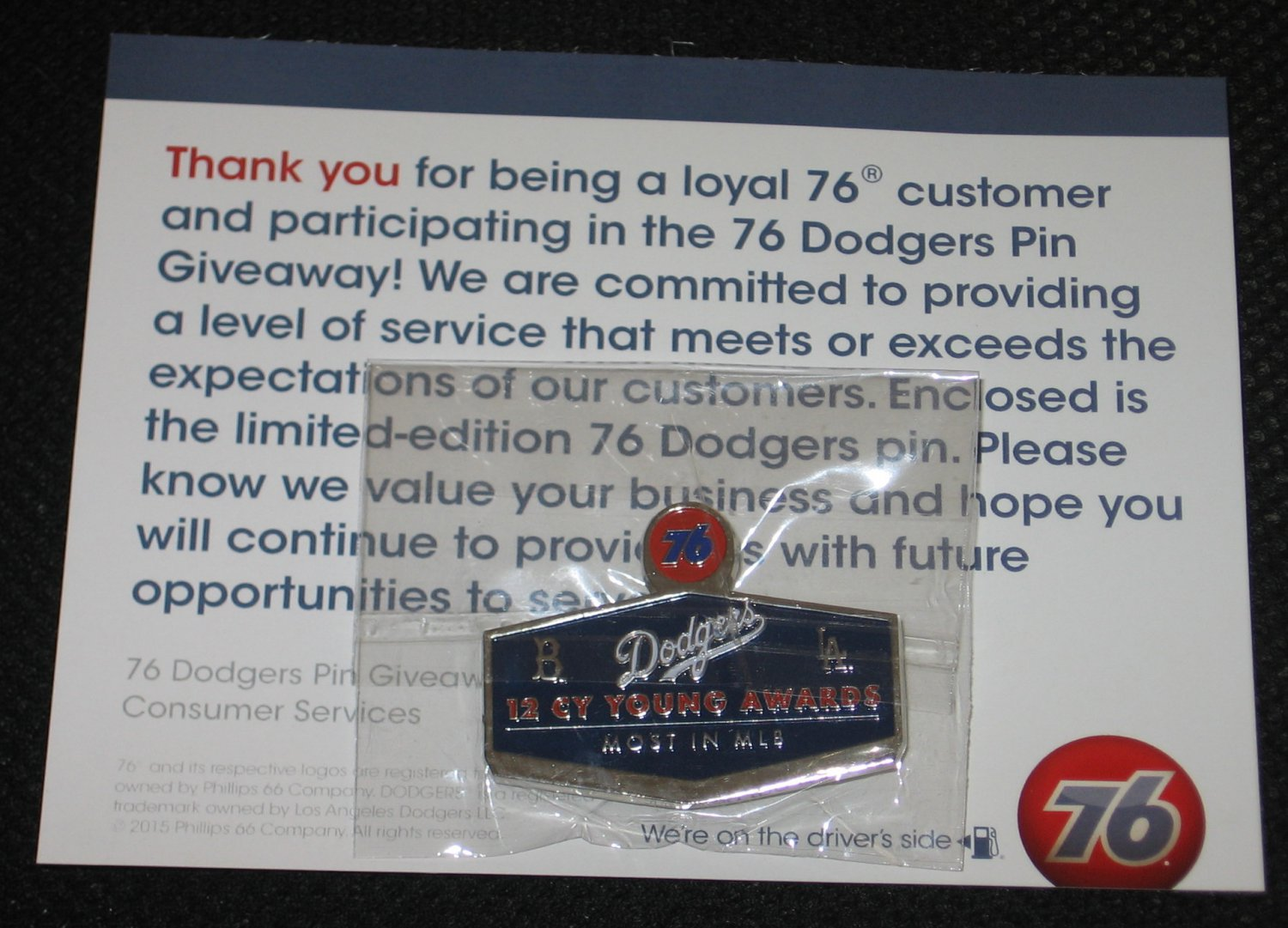 2015 Limited Edition Los Angeles Dodgers Pin 12 Cy Young Awards Phillips Unocal 76 + Promotion Card