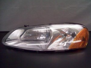 2005 Dodge Stratus Left Drivers Side Headlamp/ Light