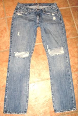 Abercrombie & Fitch lowrise~6 short Destroyed Erin JEANS