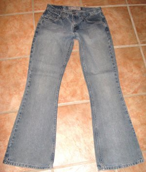 AMERICAN EAGLE sz4 Hipster Flared JEANS
