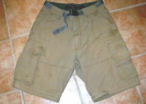 ABERCROMBIE & FITCH sz medium Cacky Shorts W/Belt