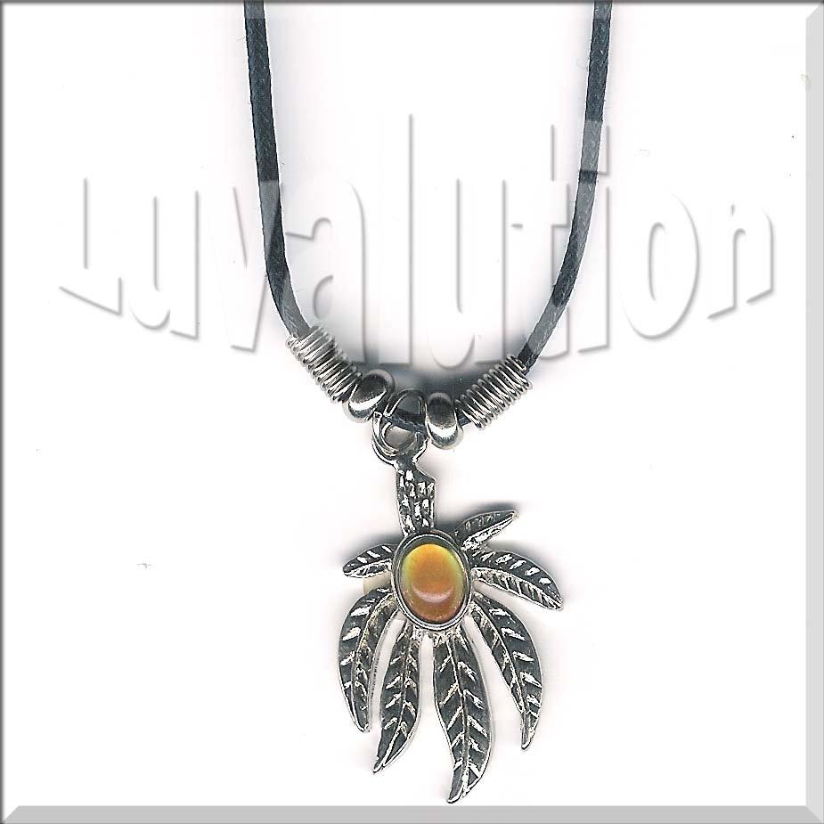 Dangling Pot Leaf Mood Pendant Necklace Choker Weed 420 Ganja Kush Cannabis Indica Color Changing