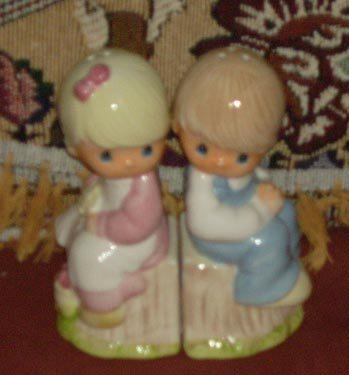 Gibson PRECIOUS MOMENTS Salt & Pepper Shakers NEW