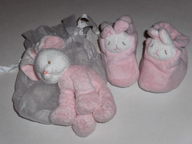 New Angel Dear by Fun Bath pink bunny booties and plushy gift set -0-6 months