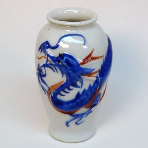 Chinese porcelain vases & oil paintings. Indianapolis, IN