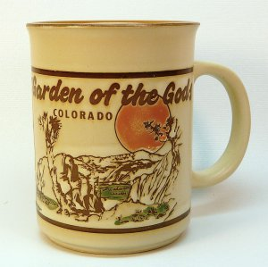 Vtg Garden of the Gods mug Colorado Red Rocks made in Japan Monterey