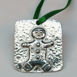 miniature Vilmain gingerbread man Christmas ornament pewter